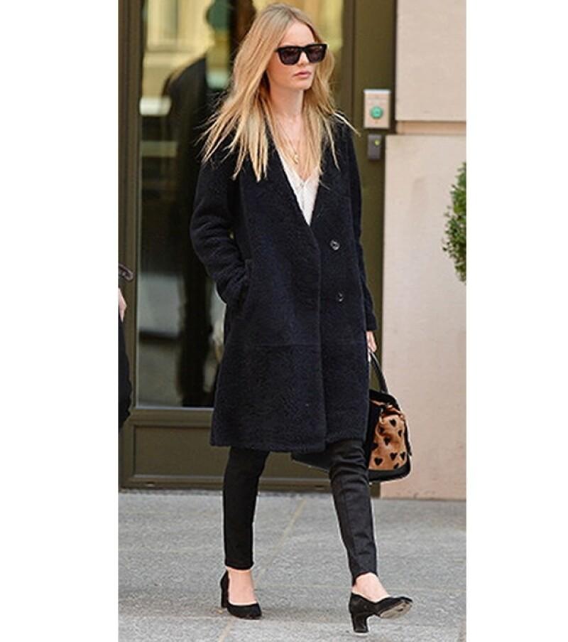 Un abrigo oversized es cómodo y versátil.