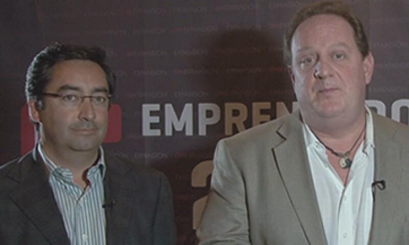 Sergio Fonseca, fundador de Bizcovery, y Marcus Dantus, director de Wayra, dos de los integrantes del jurado en la categoría Menos de 3 años. (Foto: Especial)