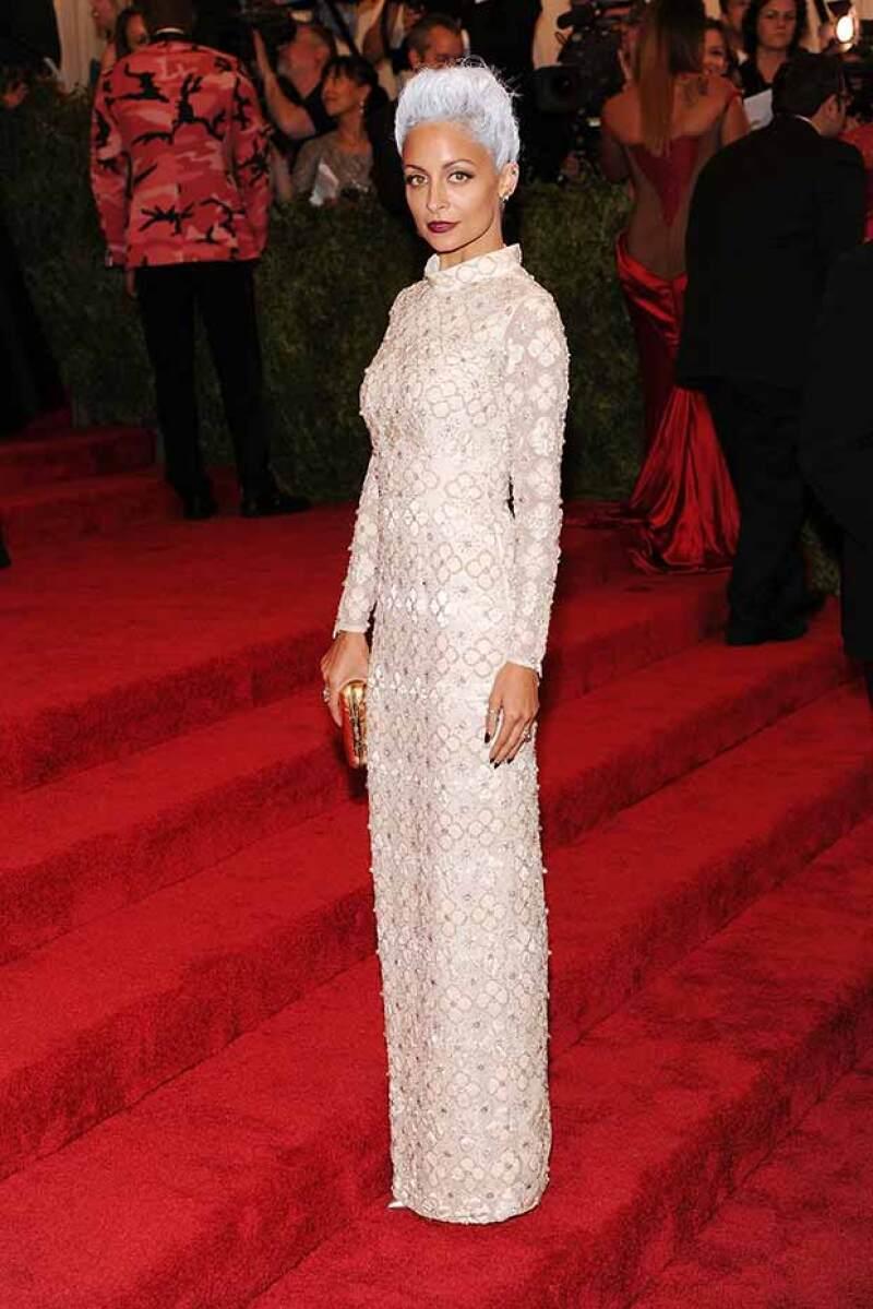 En una de las noches más importantes de la industria de la moda, Nicole apostó por este vestido Topshop.