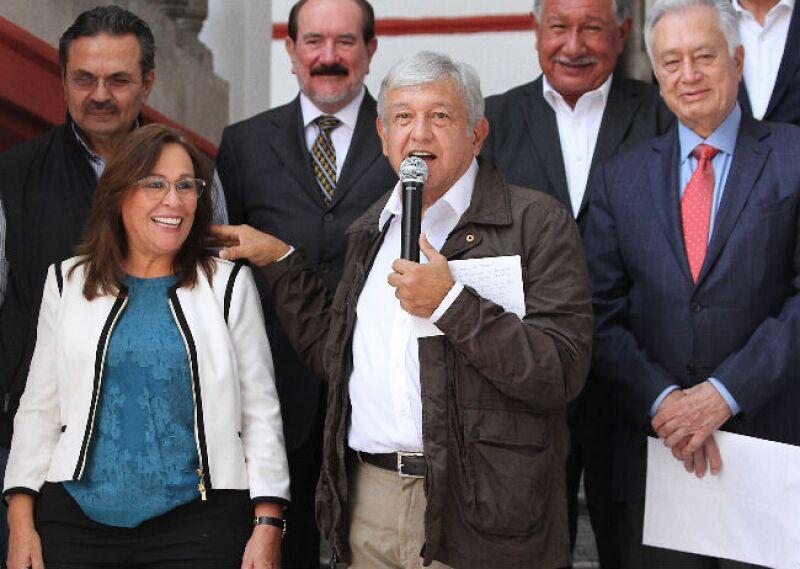Andr�s Manuel L�pez Obrador present� a su gabinete de Energ�a