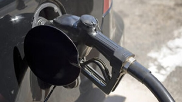 México se mantiene como uno de los países con mayor consumo de gasolina pese a los incrementos mensuales de los combustibles.  (Foto: Archivo)