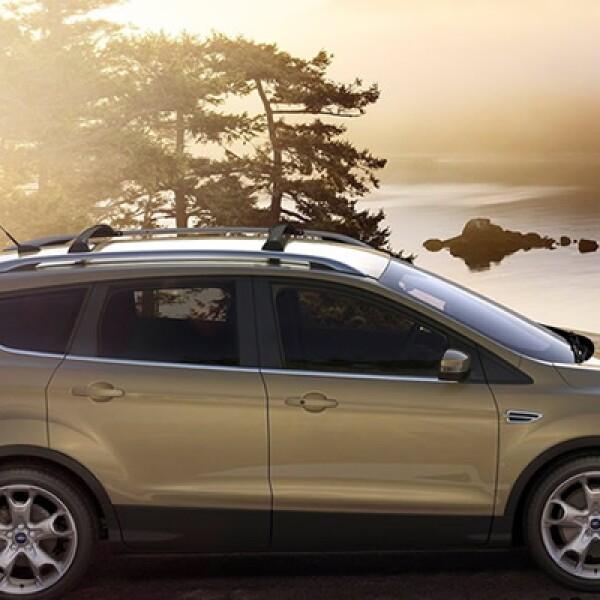 En la parte mecánica cuenta con la tecnología EcoBoost, que por primera vez se incluye en el segmento de camionetas.