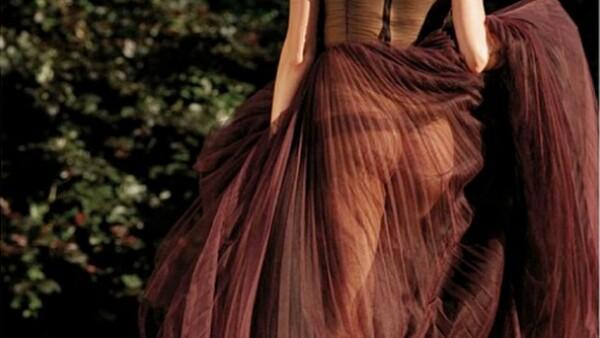 La modelo de 23 años compartió en Instagram una imagen en la que luce su booty gracias a un atuendo muy atrevido.