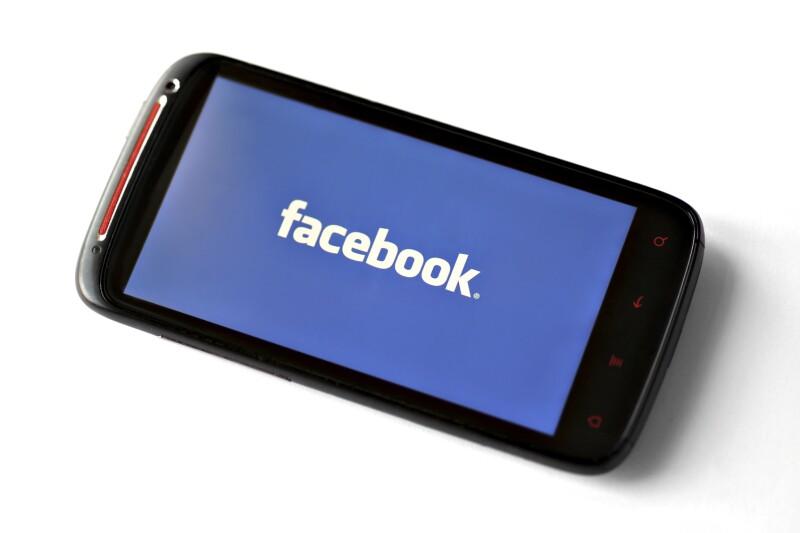 Facebooks vs. la pornografía