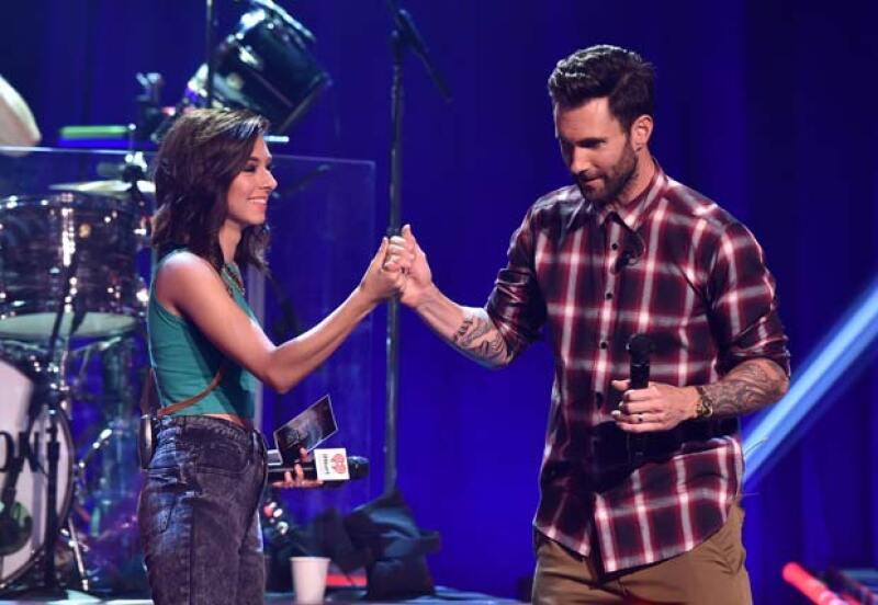 Adam se ofreció a pagar el funeral de Christina y pagar el vuelo de su mamá para que asistiera al funeral.