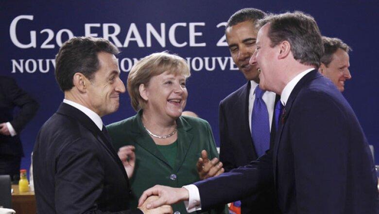 Los líderes de las principales economías se reúnen en medio de una fuerte crisis de deuda en Europa.