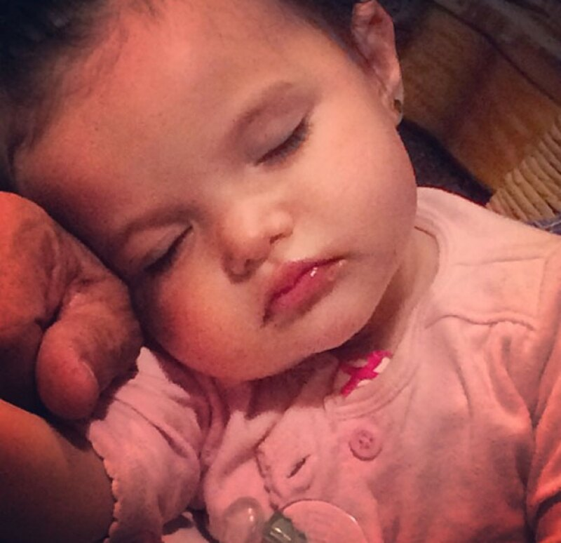 Luciana cumplirá dos años en octubre, y desde la muerte de Lorena está bajo el cuidado de Mayra Rojas, hermana de la fallecida actriz.
