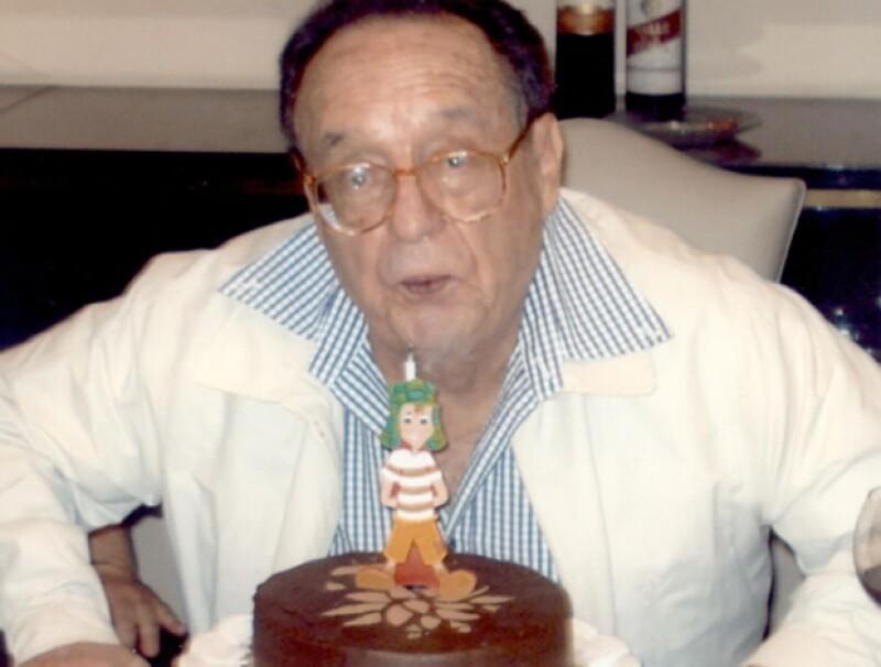 Chespirito compartió esta imagen en su cumpleaños del 2011, cuando festejó 82 años de vida.