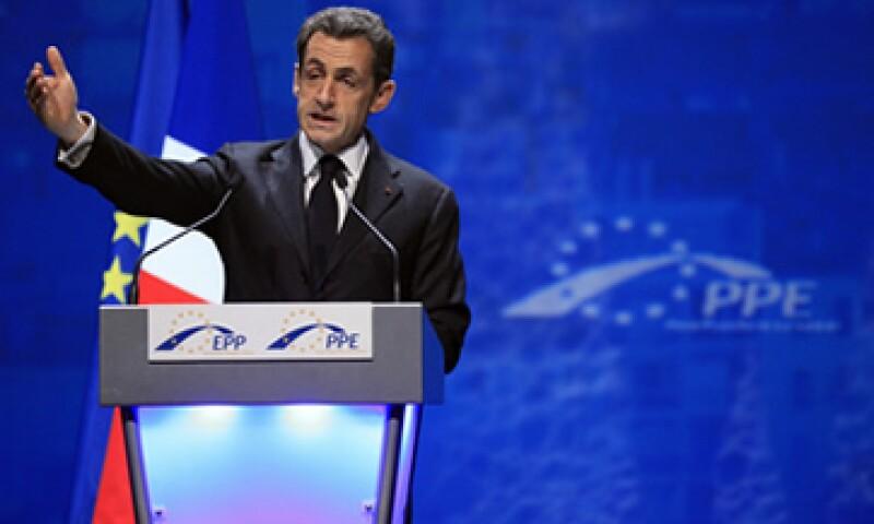 """""""Este diagnóstico es que el euro, que debería inspirar confianza, no la está inspirando"""", comentó Sarkozy. (Foto: Reuters)"""