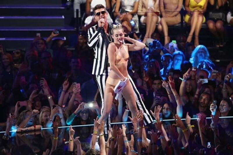 Miley fue la más sensual sobre el escenario.