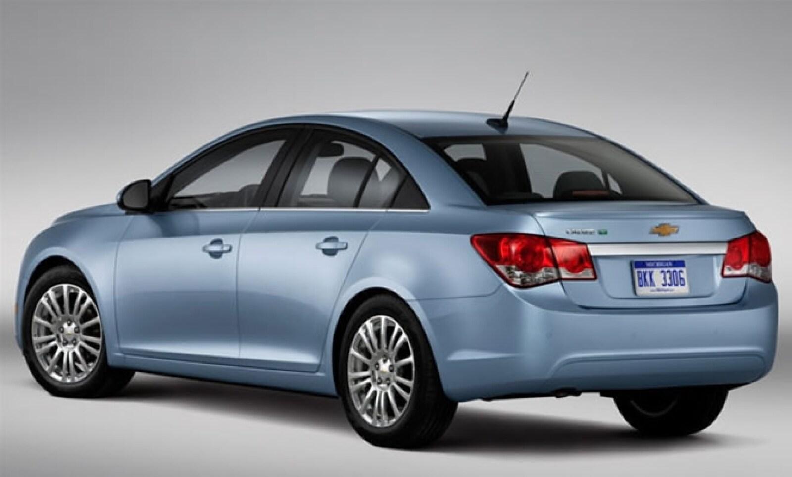 Chevrolet rediseña uno de sus autos insignias y le agrega opción ecológica para cuidado responsable de combustible. Se espera que esté a la venta en otoño de 2010.