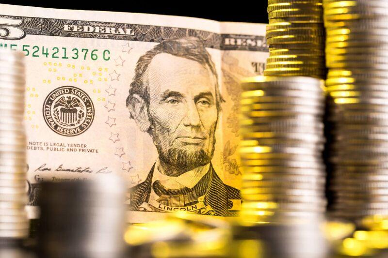 crecimiento dolar tipo de cambio