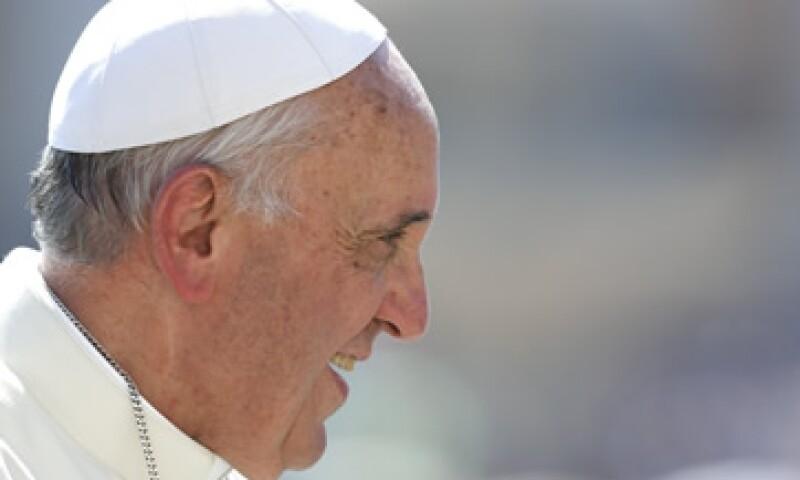 Más de 7 millones de personas siguen la cuenta del Papa en Twitter. (Foto: Reuters)