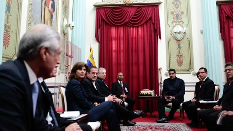 Maduro se reunió con los cancilleres de la Unasur