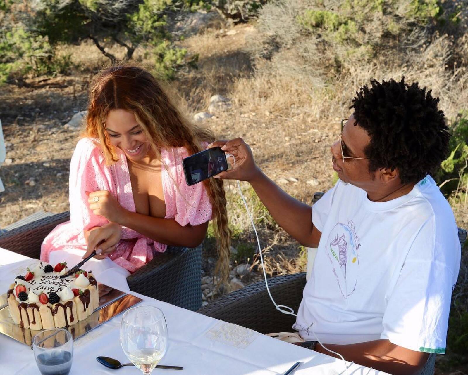 Beyoncé-Jay-Z.jpg