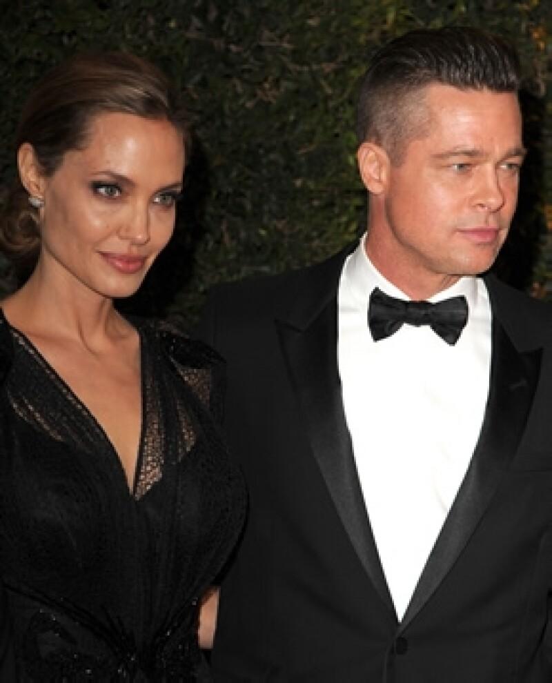 Según una fuente cercana, la pareja se casará cuatro veces, la primera vez en Australia, luego en LA o Nueva Orleans, las Bahamas y por último en Francia, ¿será?