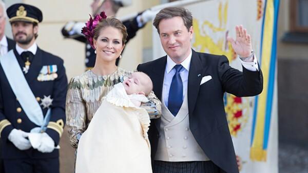 La princesa y su esposo, el empresario Christopher O&#39Neill, bautizaron este domingo a su segundo hijo en la iglesia del Palacio de Drottningholm en Estocolmo.