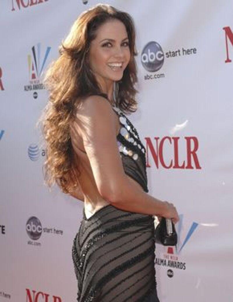 La actriz firmó contrato para promocionar una marca de cosméticos en México y EU.