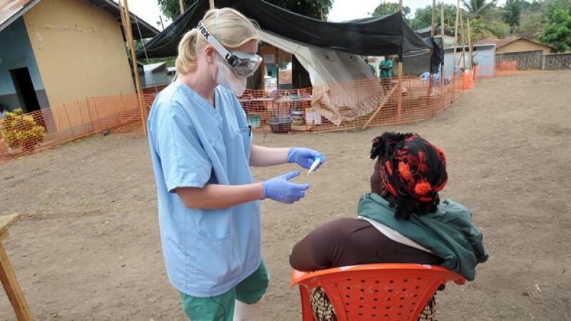 Médicos-Guinea-ébola
