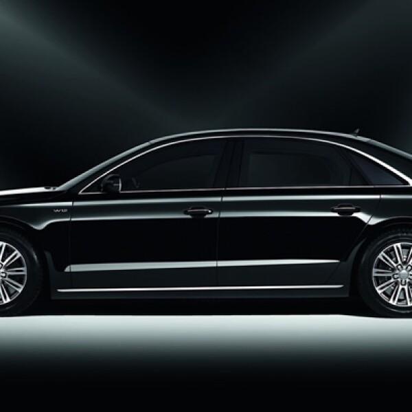 El Audi A8 Security está certificado por el Gobierno de Alemania con el estándar contra armas de fuego y resistencia a explosiones.
