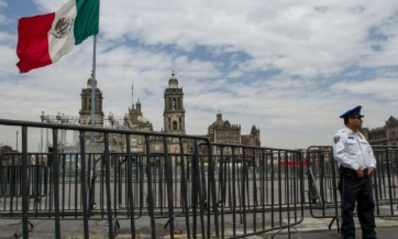 El primer cuadro de la ciudad ya se encuentra rodeado de vallas para la visita de Francisco el sábado (Foto: Cuartoscuro)