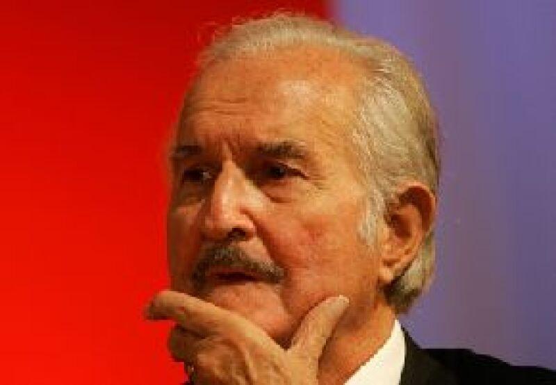 """Con motivo de los 80 años del escritor mexicano se llevarán a cabo varios coloquios en los que se analiza su obra, en especial la influencia social de """"La región más transparente""""."""
