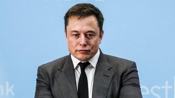 La falta de descanso y el estrés han provocado que el CEO de Tesla tome decisiones equivocadas.