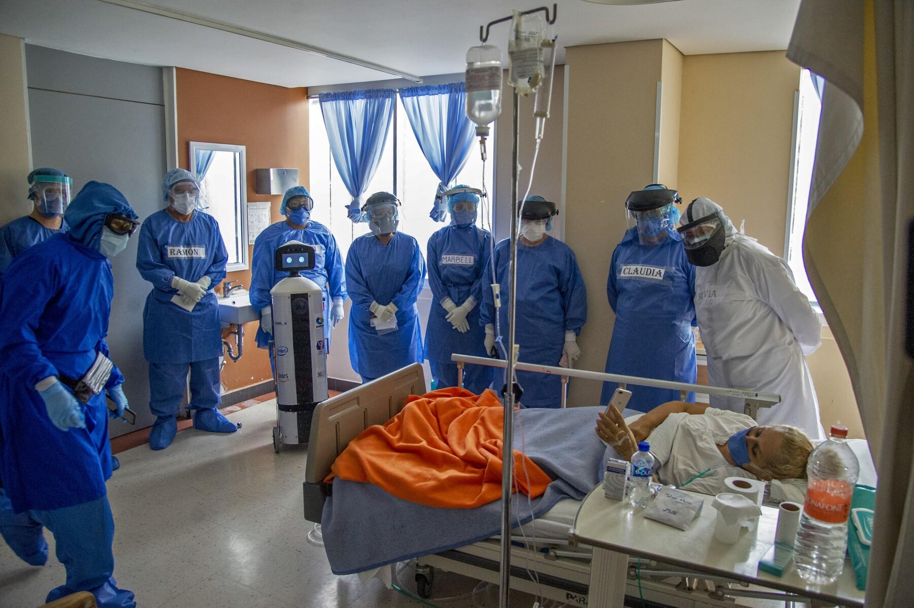 MEXICO-HEALTH-VIRUS-ROBOT