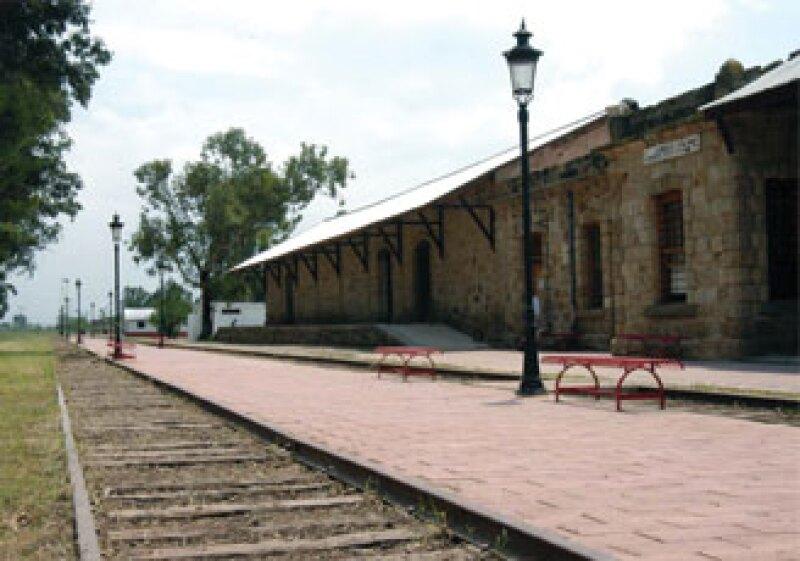 El proyecto Vías Verdes busca recuperar las vías en desuso del ferrocarril en el municipio de Ameca.  (Foto: Cortesía Gobierno de Jalisco)
