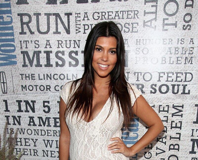 Aunque parece increíble, la mayor de las Kardashian está consumiendo cápsulas hechas de su propia placenta, y así lo compartió en Instagram.
