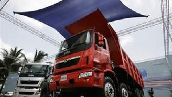 Tata se ha visto afectada por una baja en la demanda de camiones.  (Foto: AP)