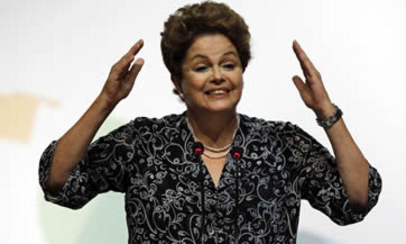 Este jueves el Gobierno de Dilma Rousseff anunció un nuevo equipo económico. (Foto: Reuters )