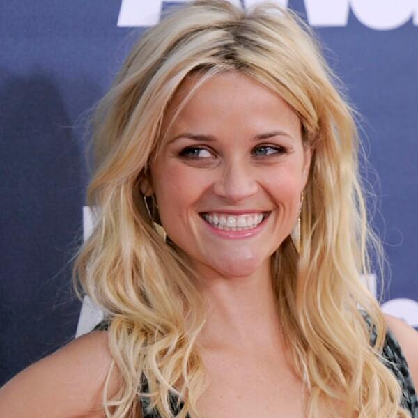 La actriz Reese Witherspoon acudió a la Universidad de Stanford y estudió Literatura Inglesa.