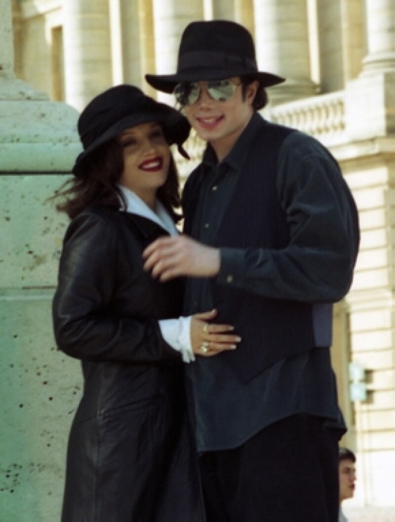 Voceros judiciales informaron que entre los testigos que se presentarán están Diana Ross, Prince, entre otros; además las ex esposas del cantante, Lisa Marie Presley y Debbie Rowe.