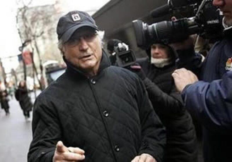 Madoff robaba dinero a sus inversionistas mientras afirmaba que lo invertía en los mercados.   (Foto: Reuters)