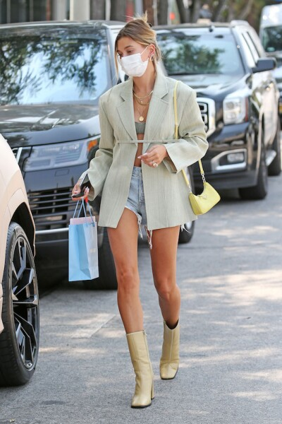 Hailey Bieber out and about, Los Angeles, USA - 20 Aug 2020