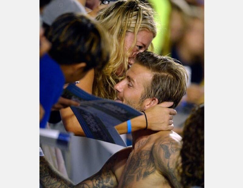 El sábado pasado después del su partido contra el Real Salt Lake, el esposo de Victoria Beckham tuvo un gesto amable con una mujer que se encontraba en primera fila.