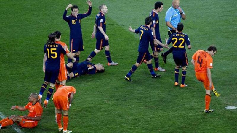 amonestaciones espana holanda juego final mundial sudafrica 2010
