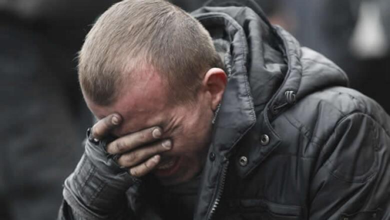 Los choques del jueves, en los que ambas partes usaron armas de fuego, traumó a muchos ucranianos, cuya Revolución Naranja de 2004-05 por la democracia fue mayormente pacífica.