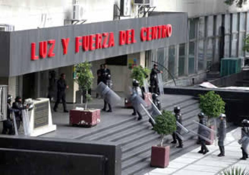 Luz y Fuerza del Centro fue declarada extinta por el Gobierno federal. (Foto: Notimex)