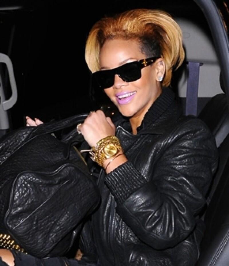 La cantante confesó haber estado cegada por amor luego de que su ex novio la golpeara.