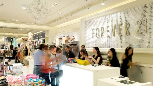 Linda Chang Attends 'Forever 21' Opening Store in Barcelona