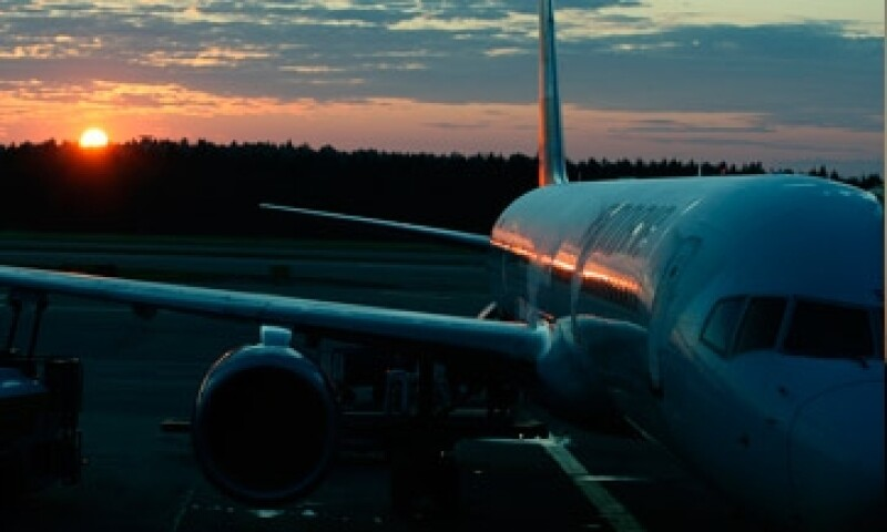 Avion desde el suelo