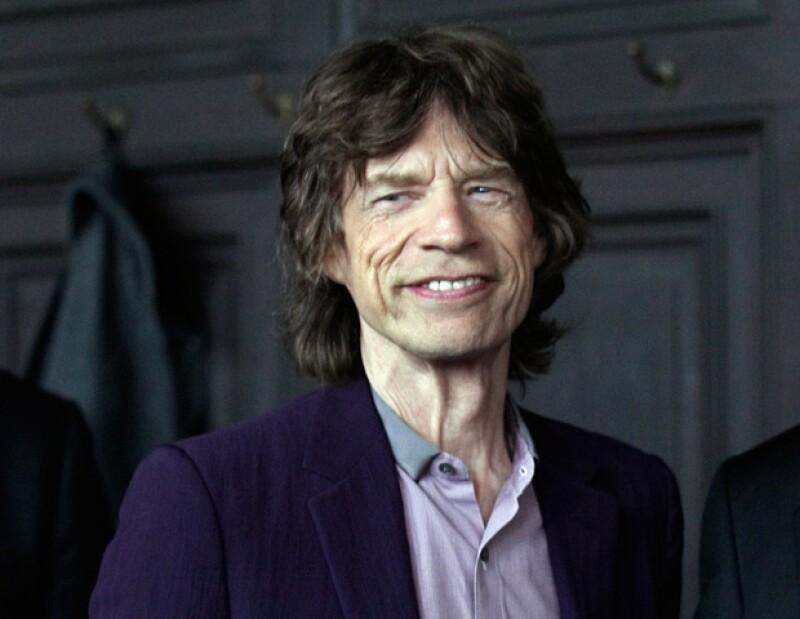 El vocalista de los Rolling Stones realizará diversos sketches y también cantará con el grupo Super Heavy.