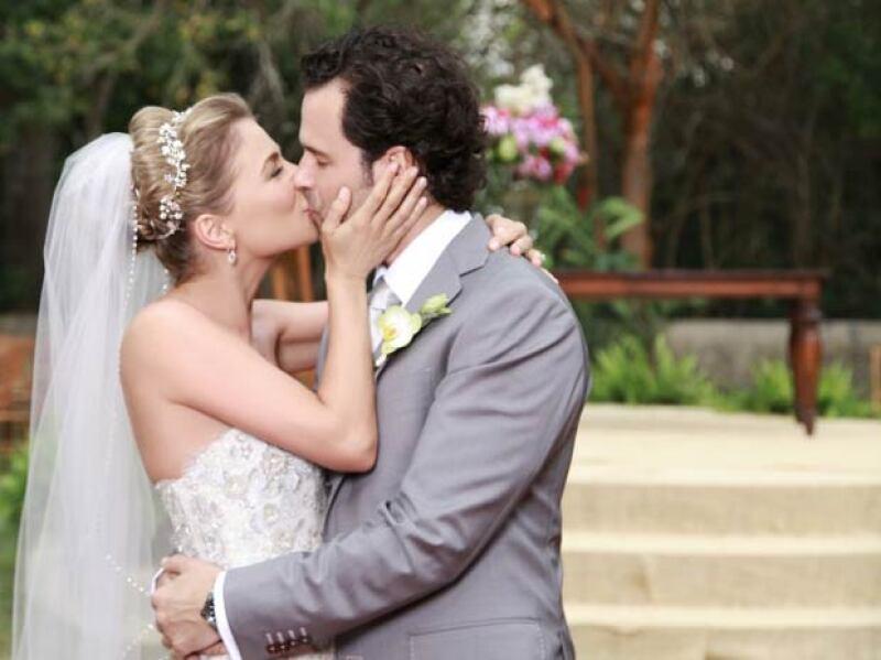 La celebración fue en grande, y aunque no han tenido hijos, se encuentran muy felizmente casados.