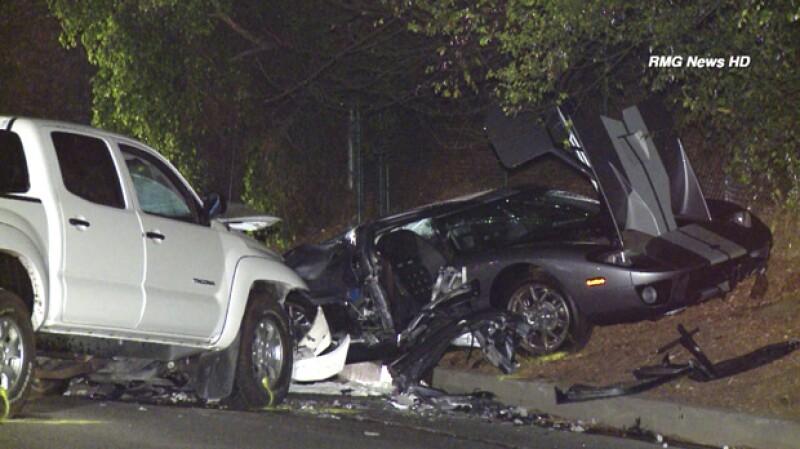 El auto chocó contra una pick up y ocasionó varias heridas a Sami y la muerte de su amigo, Ian Cuttler.