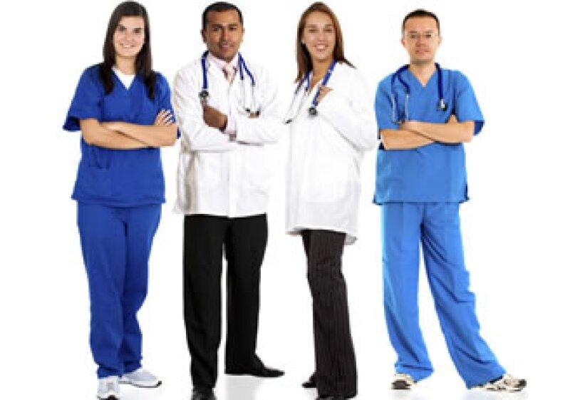Como parte de la estrategia nacional que busca atraer más turismo médico a México, la Secretaría de Salud trabaja en la capacitación de enfermeras y médicos bilingües. (Foto: Photos to go)