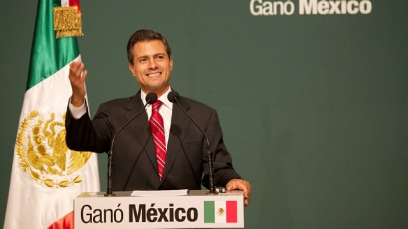 Enrique Peña Nieto celebra su virtual triunfo