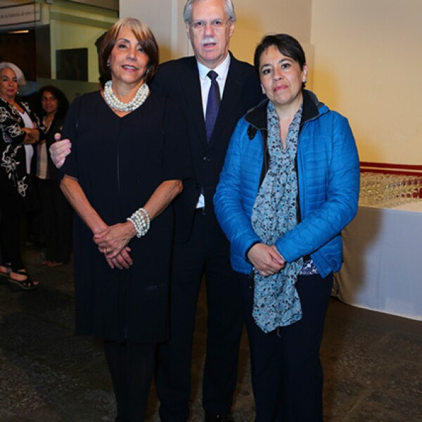Amalia Serrano, Peter Klees y Lourdes Guerrero