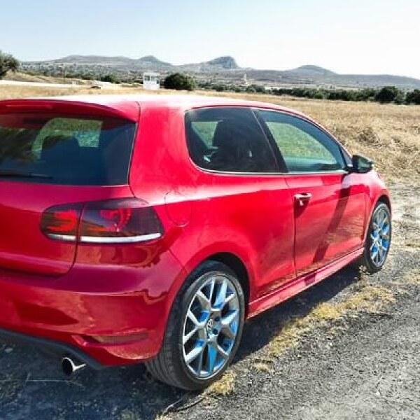 El precio de este modelo, disponible todavía en concesionarias de la firma alemana, es de 447,000 pesos.